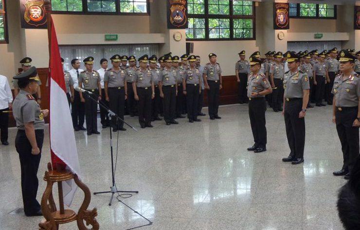 pagi-ini-kapolri-pimpin-upacara-kenaikan-pangkat-21-perwira-tinggi-di-rupatama-mabes-polri