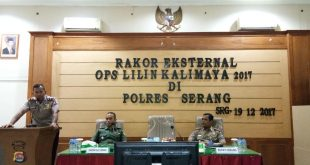 Wakapolres Serang Kompol Heri Sugeng Priyanto memberikan Sambutan dalam Rapat Koordinasi Eksternal Lintas Sektoral di Aula II Mapolres Serang